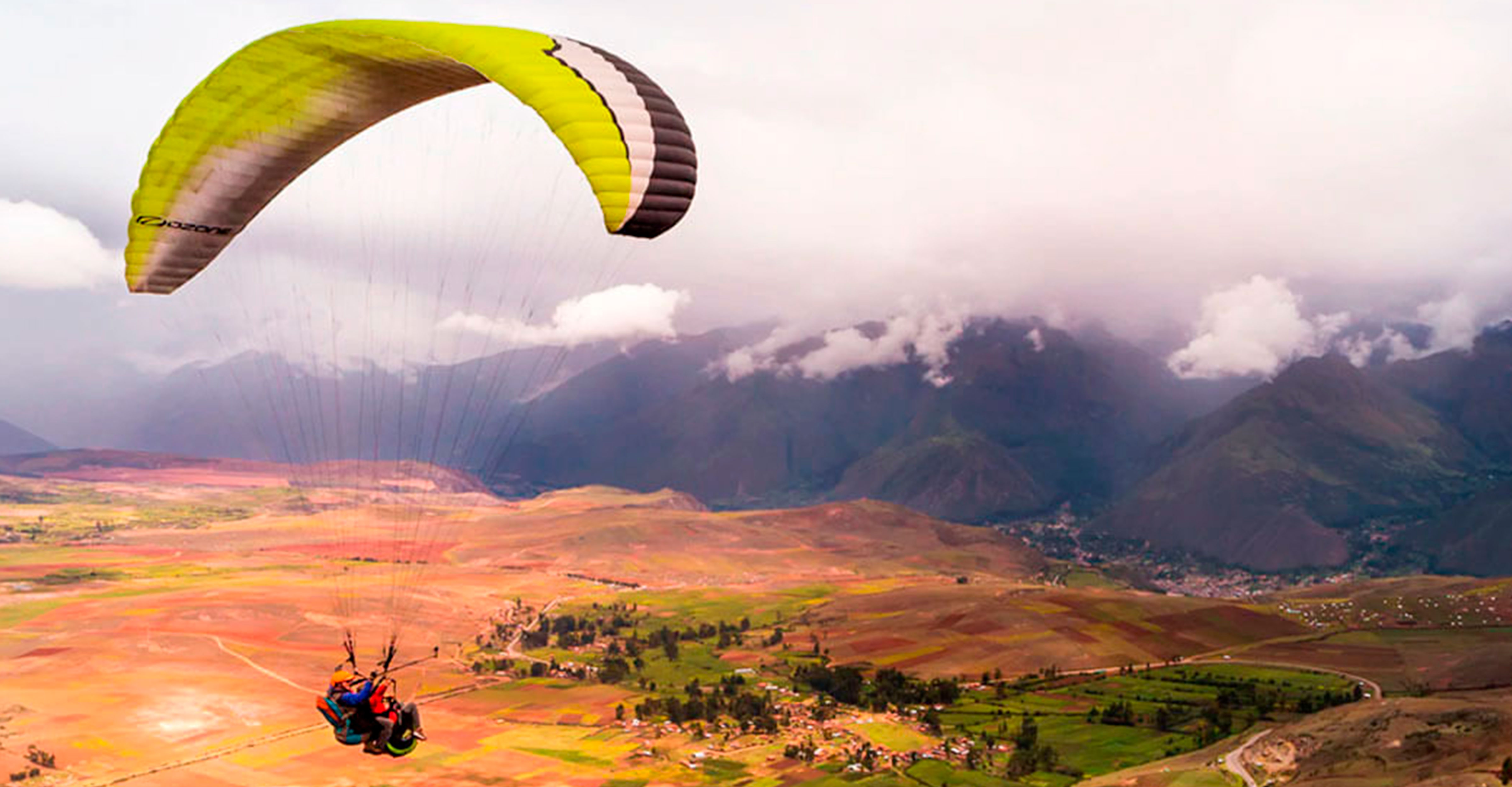 Paragliding in Chinchero